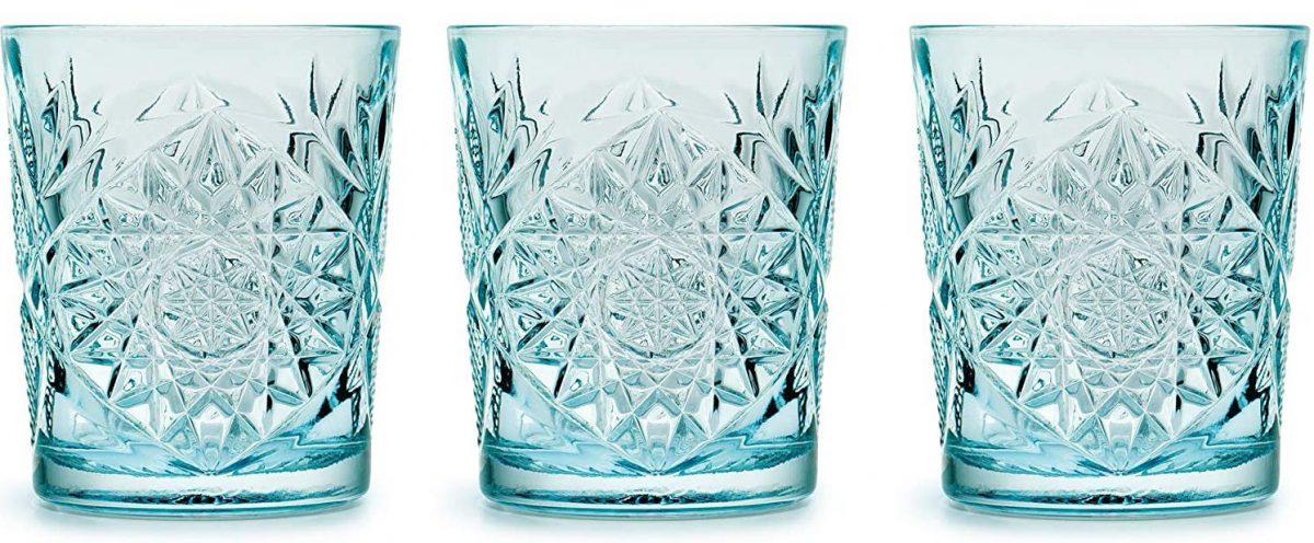 vasos de cristal tallados azul claro