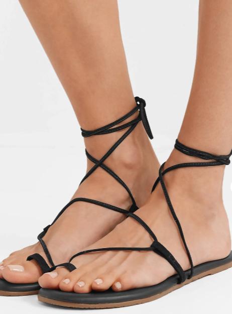 sandalias de tiras negras